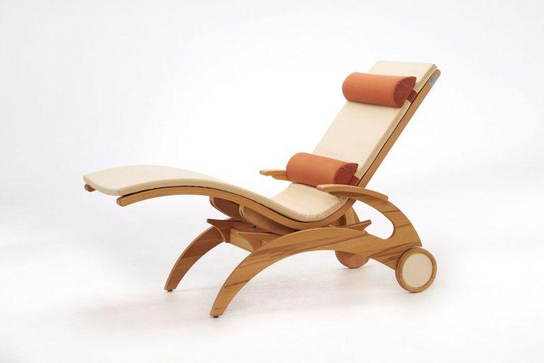 Relaxliege Siesta Natur Wellnessliege Holz Saunaliege in Kernbuche